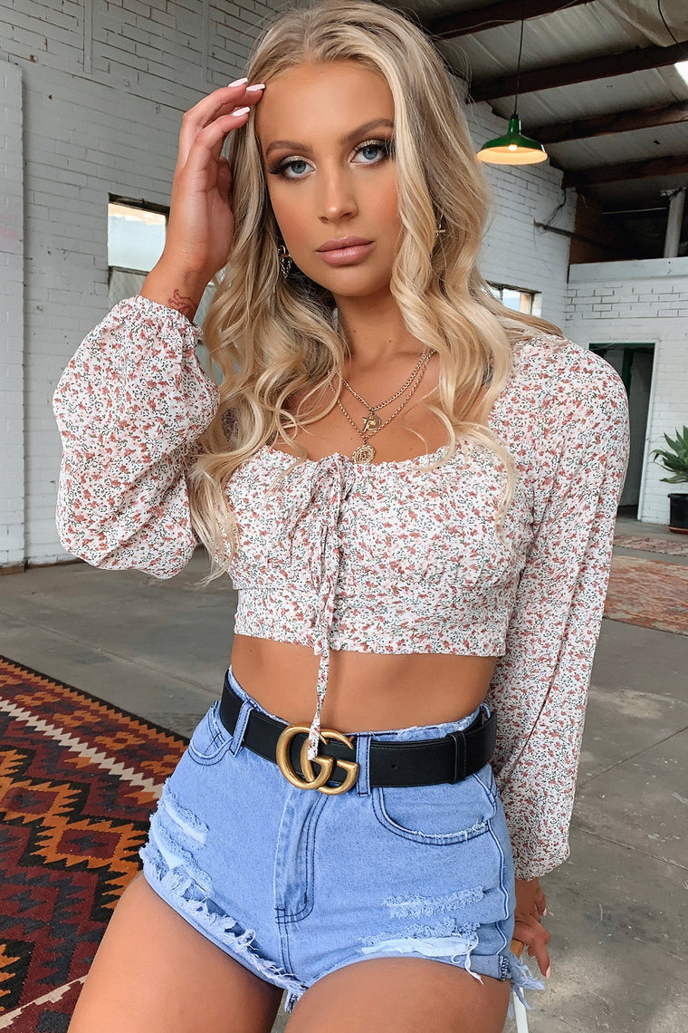 Daffy Crop - Floral