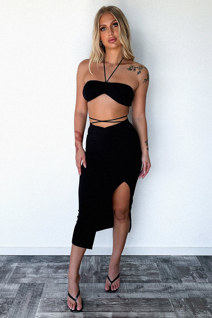 Chanel Crop - Black