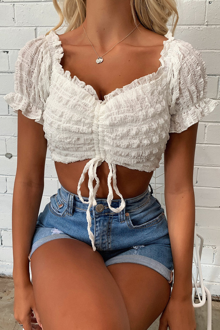Story Crop - White