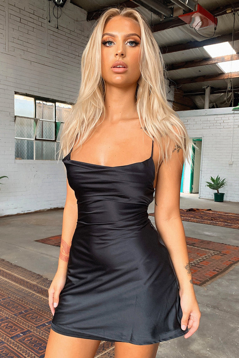 *Pre-Order* Olivia Dress - Black *Shipping Mid April*