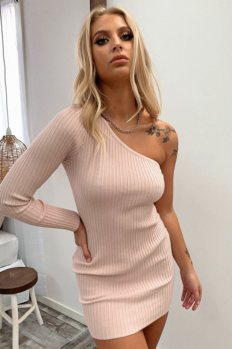 Nakita Knitted Dress - Blush