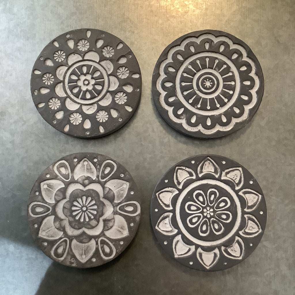 Drinks Coasters Set of 4 (Etched slate effect)