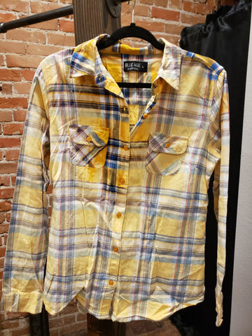 DEJA CURVY - DISTRESSED FLANNEL