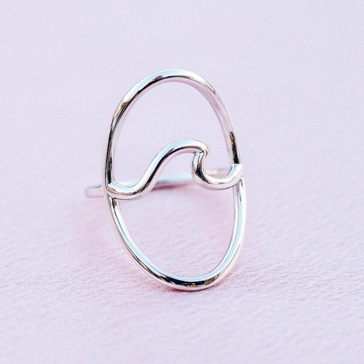 Statement Wave Ring 4