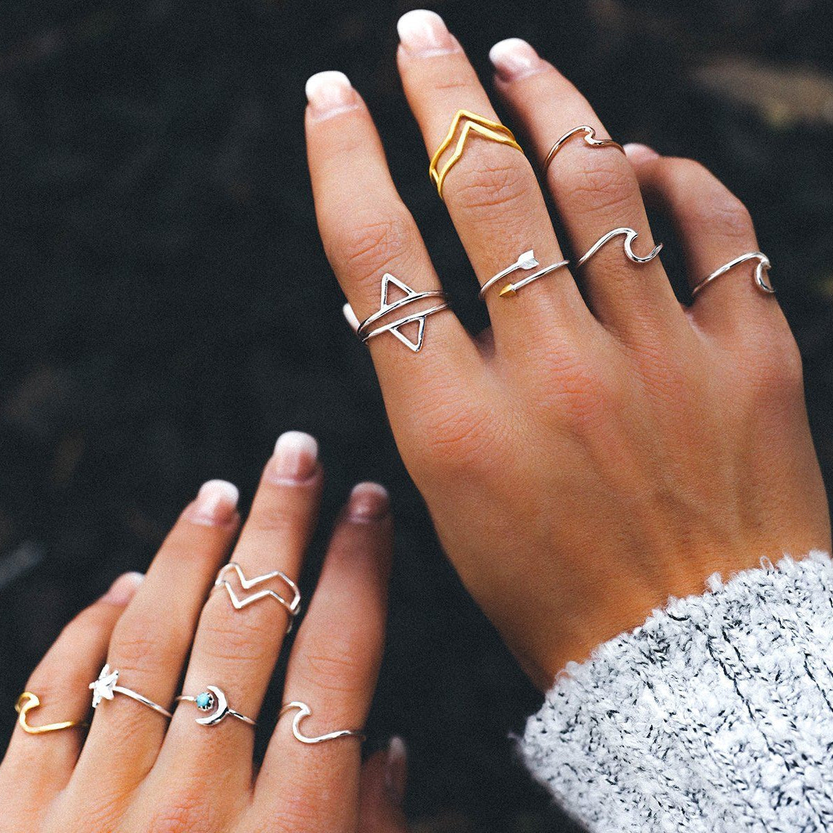 Double Arrow Ring 4