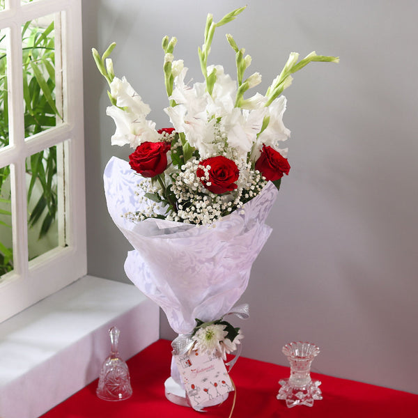 Lavish Bouquet - TCS Sentiments Express