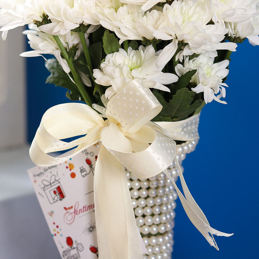 Pearl bouquet - TCS Sentiments Express
