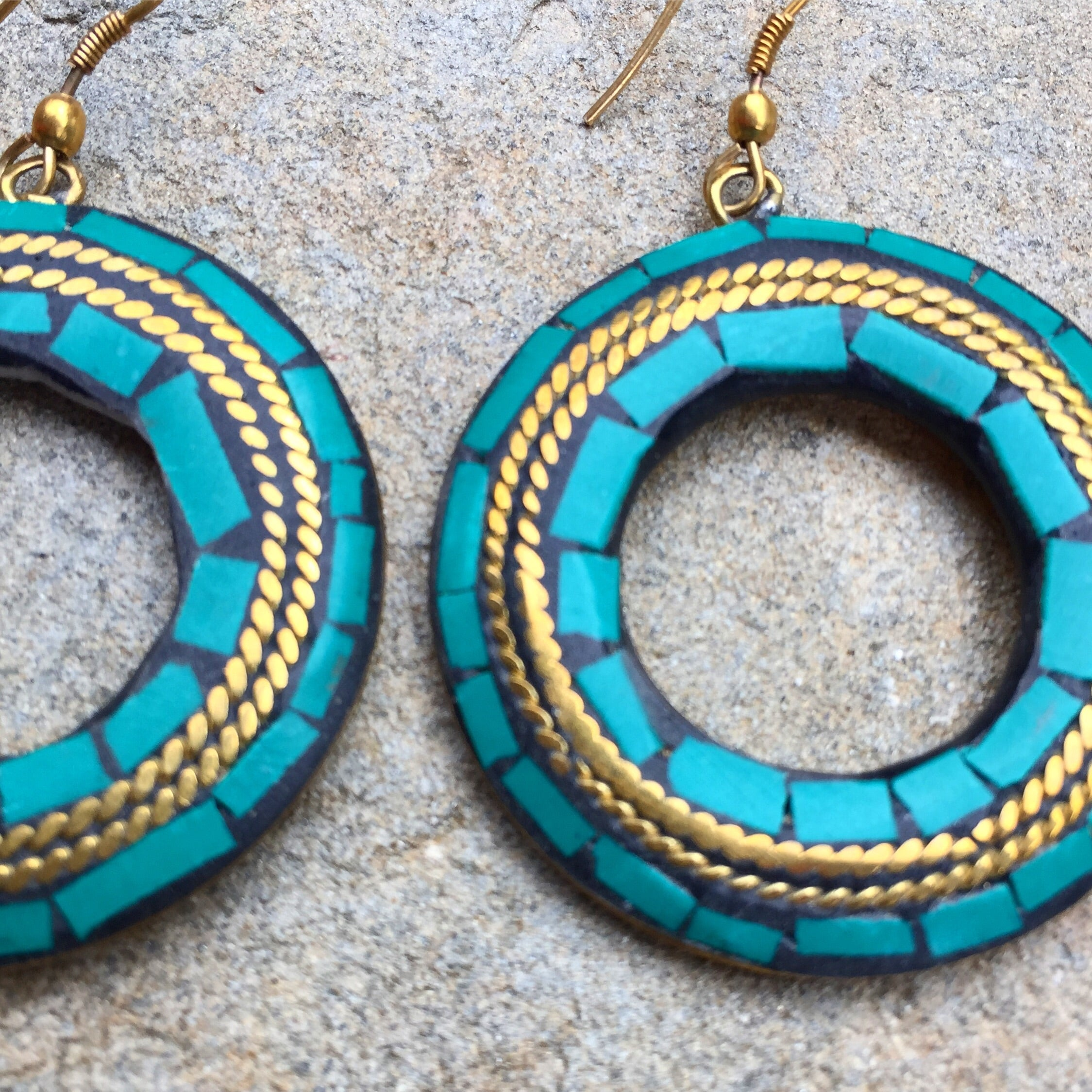 """Pihu"" turquoise hoops earrings - India"