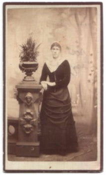 1880's Ida Bell McCullough CDV Photo, Knoxville, Marion County Iowa