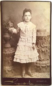 1890's Kittie McKenna CDV Photo, Chicopee Falls, Hampden County MA
