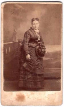 1870's Lena Hanson ID'd CDV Photo by photographer Alfred Roe, Chicago