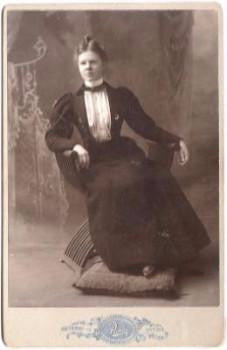 1899 Maria Sandahl Cabinet Photo: Sweden to Boston, Mass in 1893