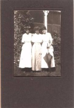 1915 Grace & Marcella Dummer Mass Photo, Irondequoit, Monroe County NY