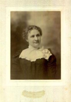 1890's Magdalena Weber Photo, wife Rev. Edward Holmes Newcomb, Boston