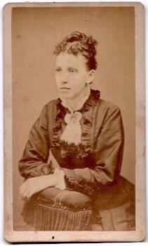 1870 Hulda Richardson Clark CDV Photo, New Britain CT, Hartford County