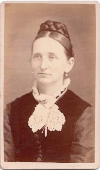 1870 Esther Smith Harvey Pinney CDV Photo, Stafford, Tolland County CT