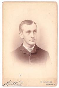 1880's Wilfred Glass Cabinet Photo, Rochester NY to Chicago Illinois