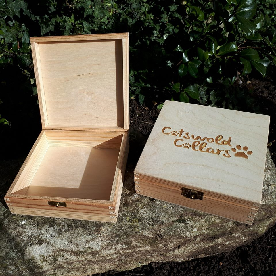 Engraved Pine Gift Box...