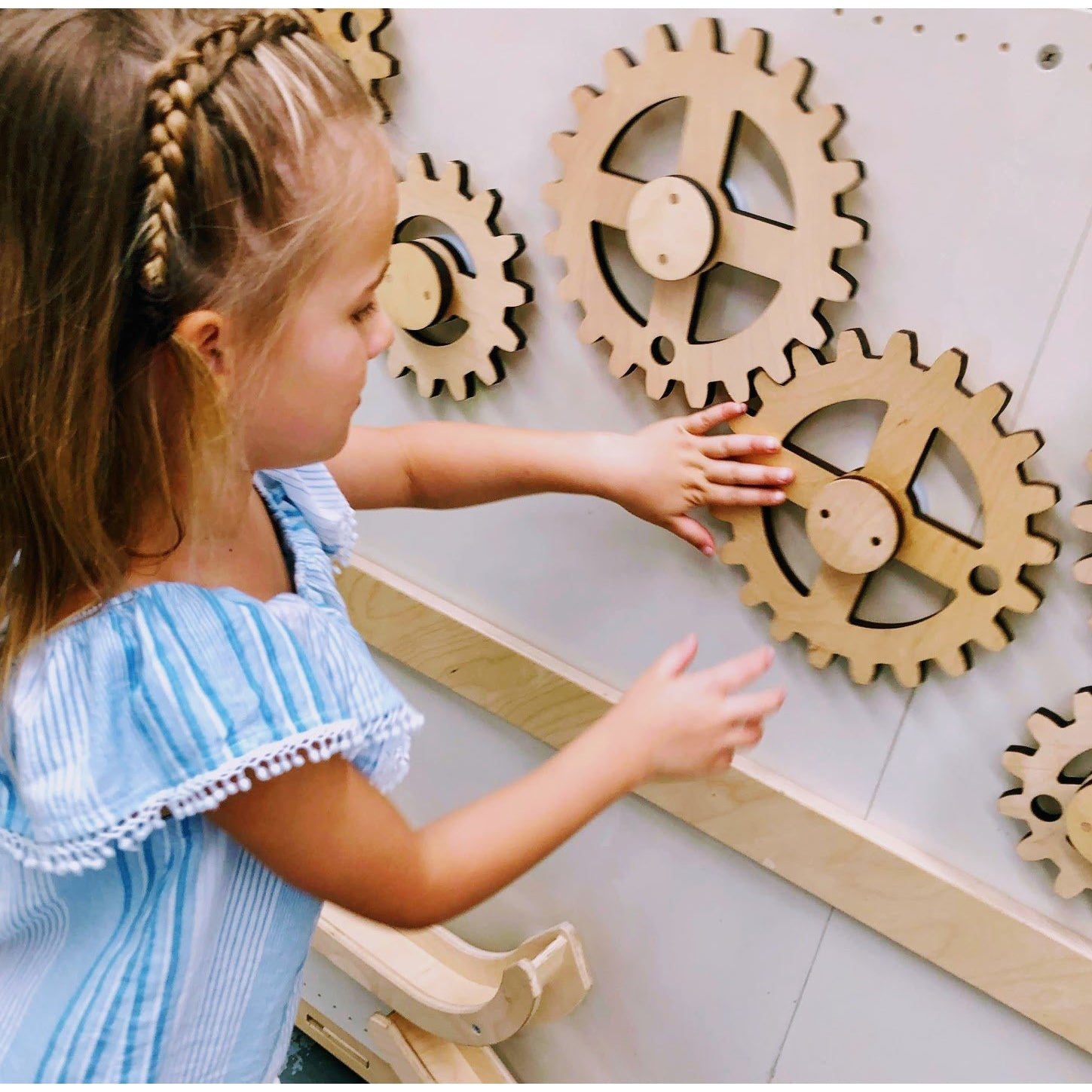 Magnet Wall Wooden Gears Pack