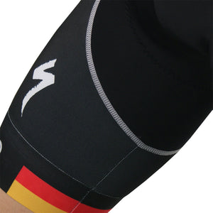 german-bib-black4