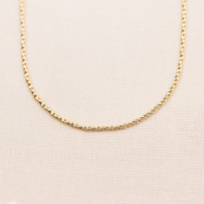 Minimalist Braided Chain