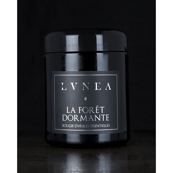 LVNEA Essential Oil Candle - La Forêt Dormante