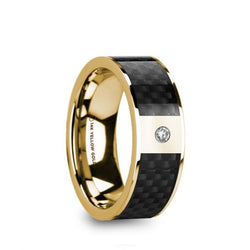 14K Gold men's wedding band with black carbon fiber inlay, flat edges and a solitaire diamond setting