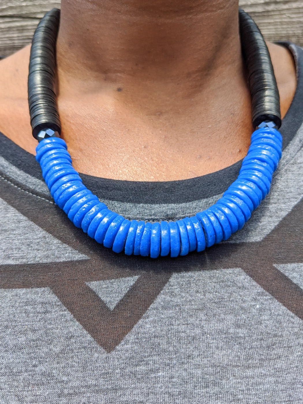 Blue and Black Flat Beads Necklace