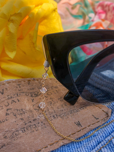 Jewel From Home Chain For Your Sunnies side