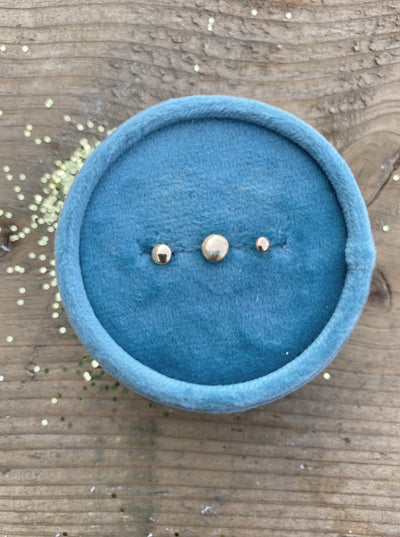 10K Yellow Gold Pebble Studs