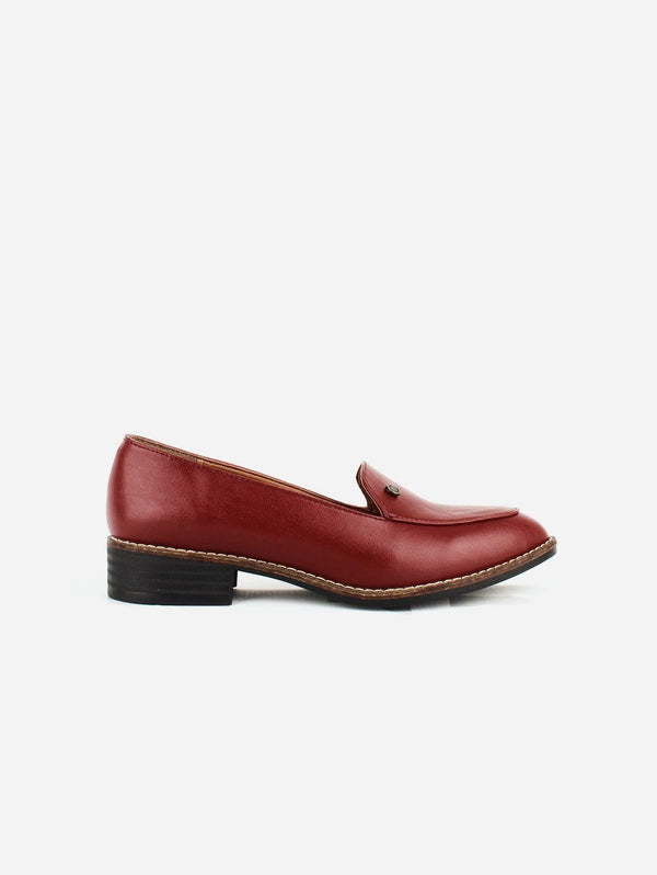 Carmona Collection María Vegan Cactus Leather Loafer | Red