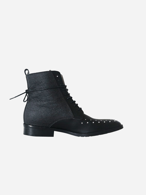 GURU mtp Tarantula Studded Vegan Piñatex Leather Boots | Black