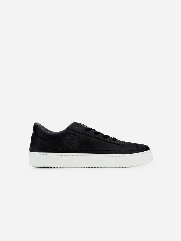 Komrads APL Apple Vegan Leather Trainer | Black