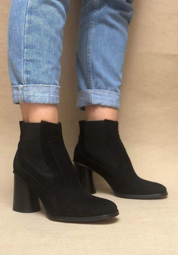 Mireia Playà Elisabet Recycled Polyester Vegan Suede Chelsea Boot | Black