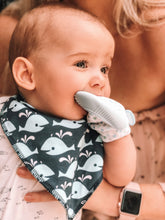 Load image into Gallery viewer, Bubify Baby Teething Mitten