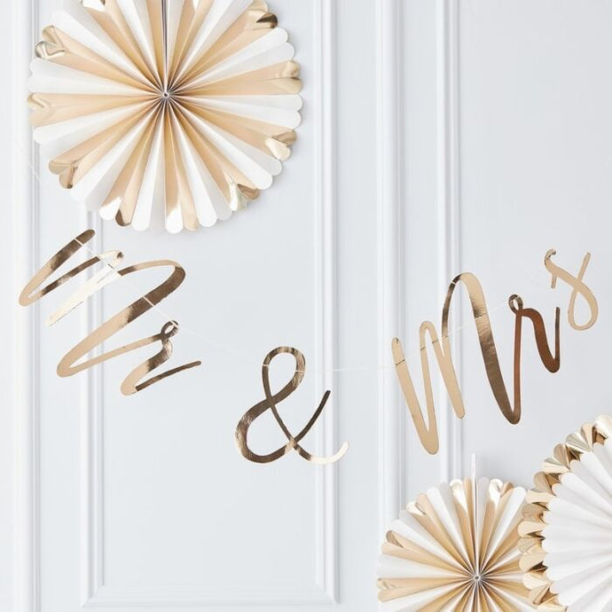 Gold Mr & Mrs Wedding Banner