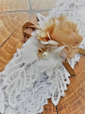 Wedding garter tips