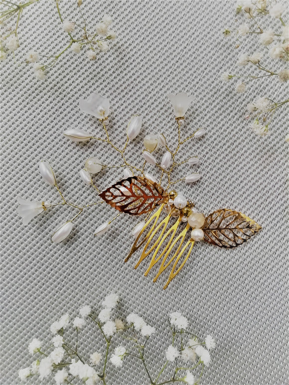 Marguerite hair comb