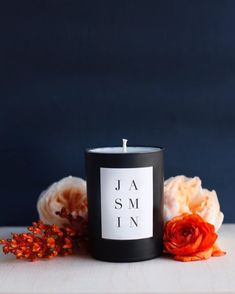 Noir Candle in Jasmin