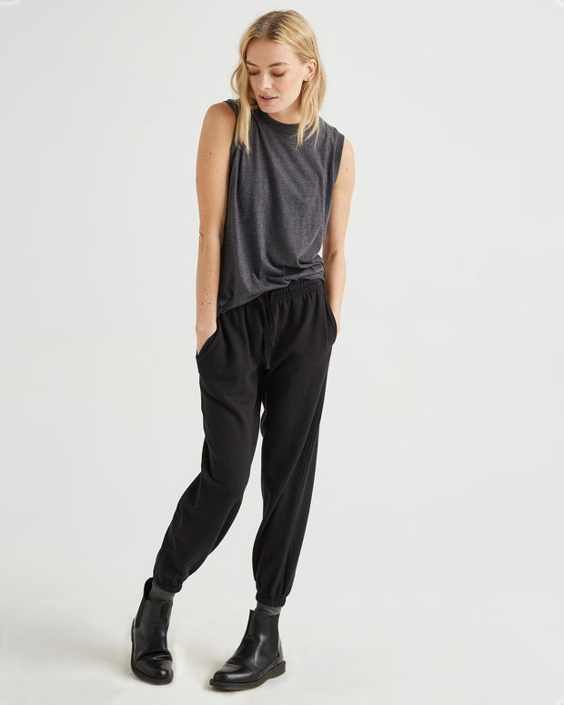 Sweatpant in Black - The Edition Shop