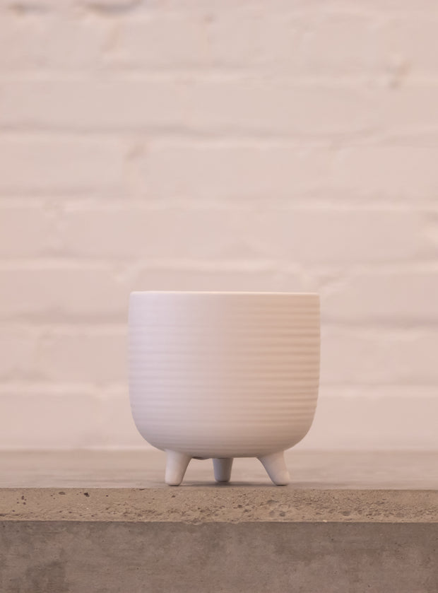 Footed Petite Pot