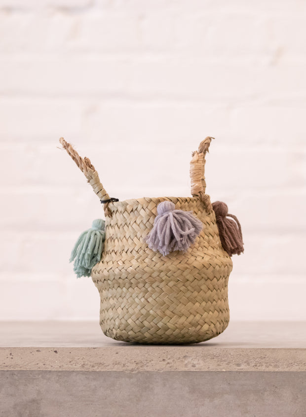 Baby Belly Basket Tassel