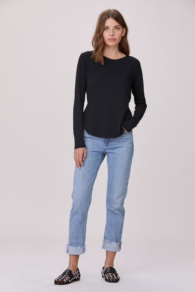 Essential Long Sleeve Crew Neck Tee in Black