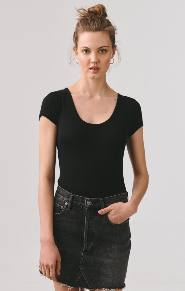 Short Sleeve Scoop Neck Rib Bodysuit - Black