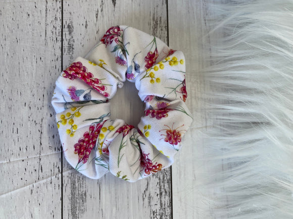 Mini wattle scrunchie