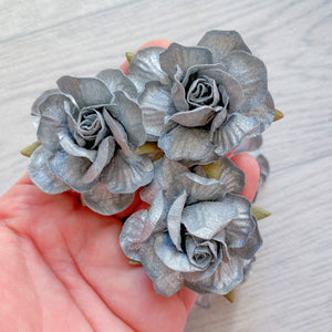 Metallic Silver Country Rose Mulberry Flowers 50mm (5)