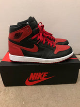 Load image into Gallery viewer, Jordan Bred 1s