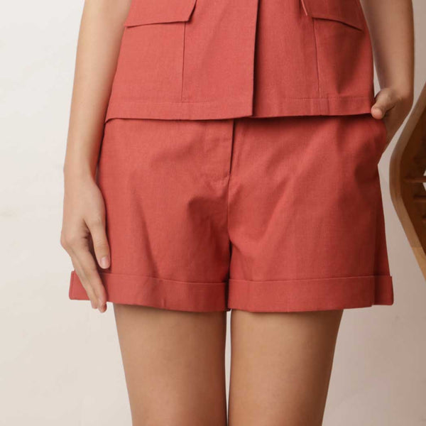 Canvas Basil Shorts in Red Rust