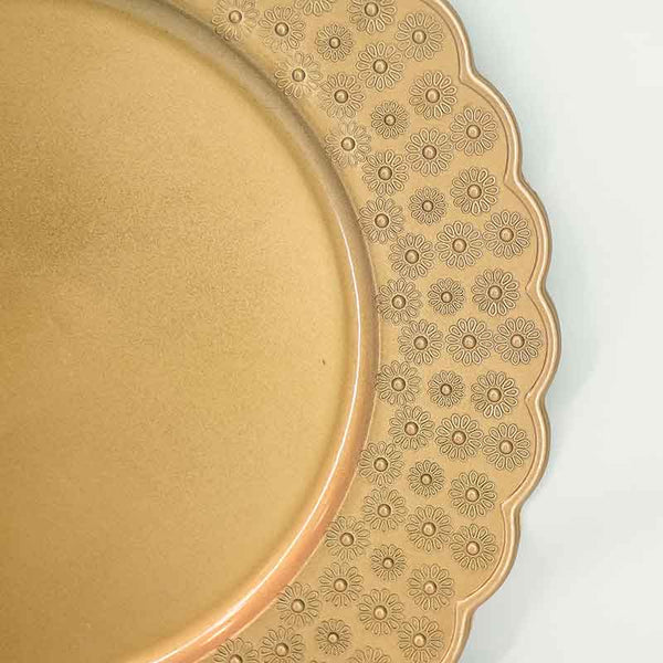 Charger Plate | Gold with Scalloped Edges
