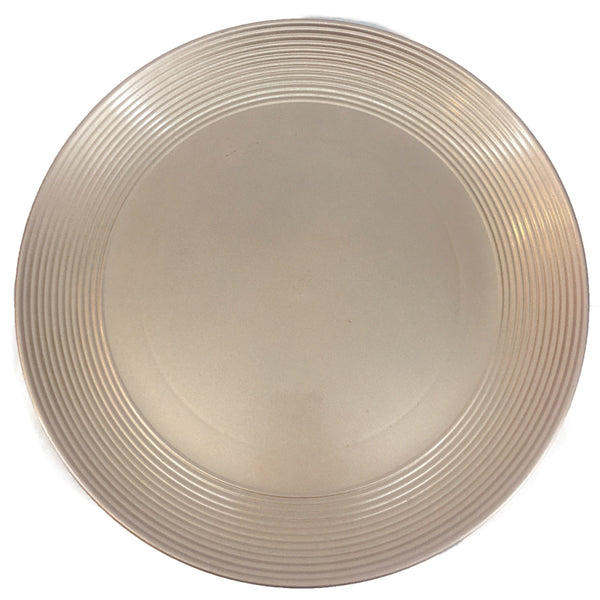 Charger Plate with Grooved Edges